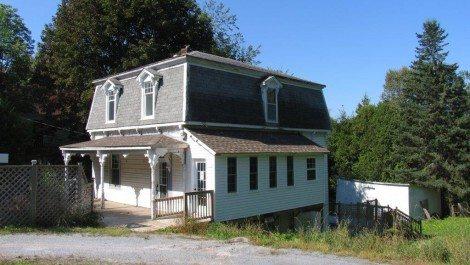 47 Centennial Rd., Hampton