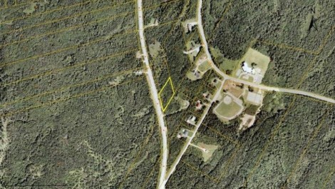 Vacant Lot in Waterfront Community! County Line Rd., Maces Bay