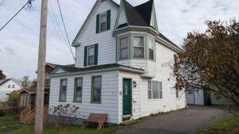 5 Bedrooms, Updates, Garage, Large Yard! 19 Melrose St., Saint John