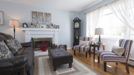 Deceiving from the Curb, In a GREAT WAY! 28 Barbara Cres., Saint John