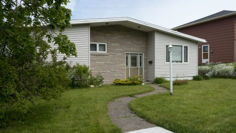 Duplex-East! Many Updates! Packed with Value! 40 Skyline Dr., Saint John