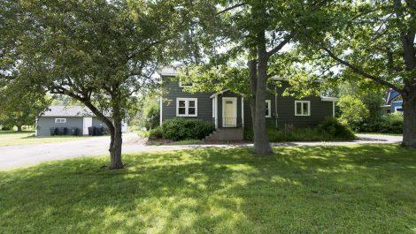 2 Family, Ideal Location! 360 Hampton Rd., Quispamsis