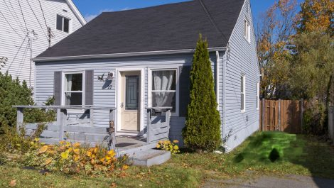 3 Bedroom Charmer with Airbnb Opportunity! 27 Topeka Ave., Saint John