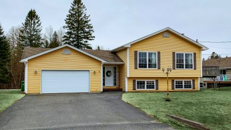 What A Wonderful Family Location! 6 Addison Ct., Quispamsis