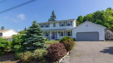 West Beach Estates-Inground Pool! 13 Cove Cres., Rothesay